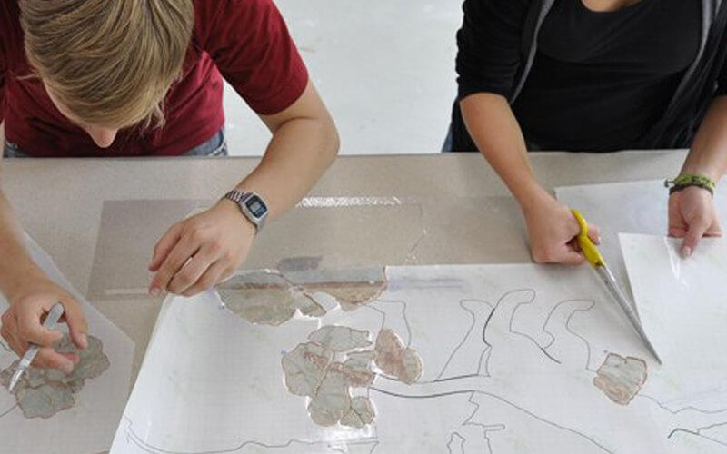 Wandmalereien konservieren - Untersuchung antiker Arenaszenen